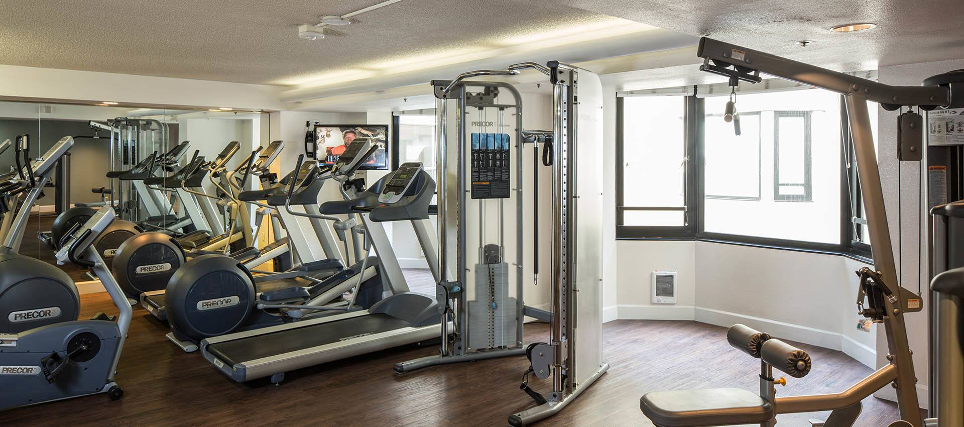 Fitness Center at Tower 737 Condominium Rentals in San Francisco