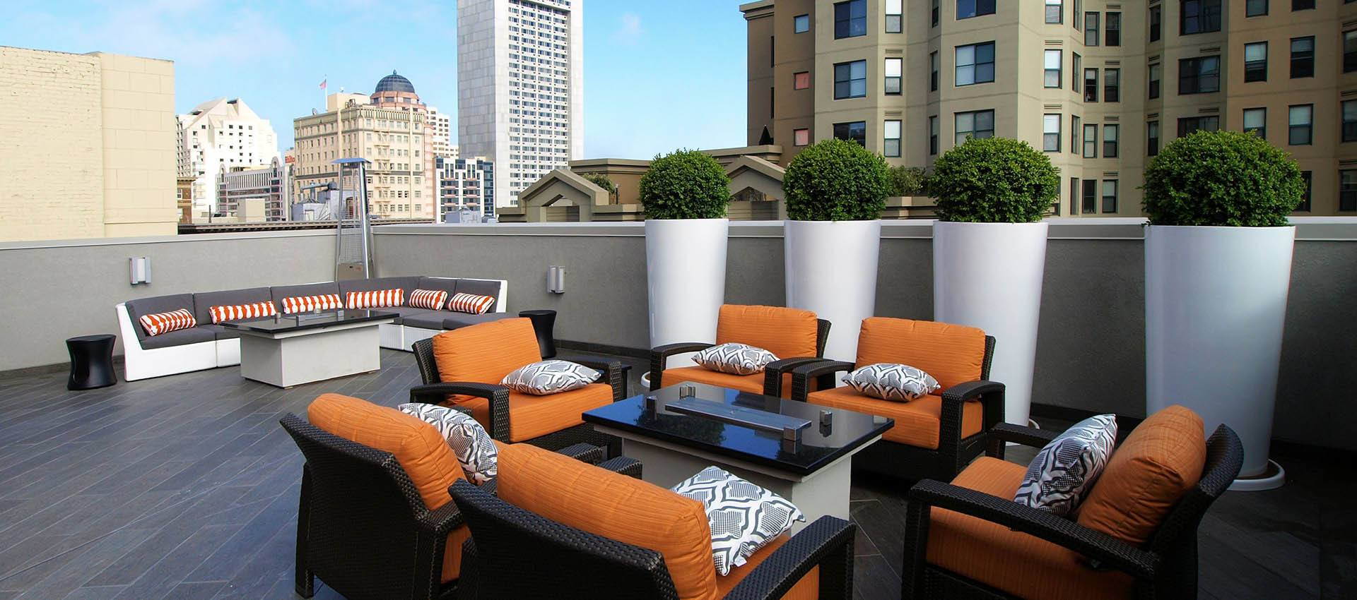 Rooftop Seating With View at Tower 737 Condominium Rentals in San Francisco