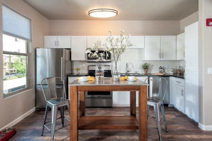 Renovated Kitchen at Venu at Galleria Condominium Rentals in Roseville