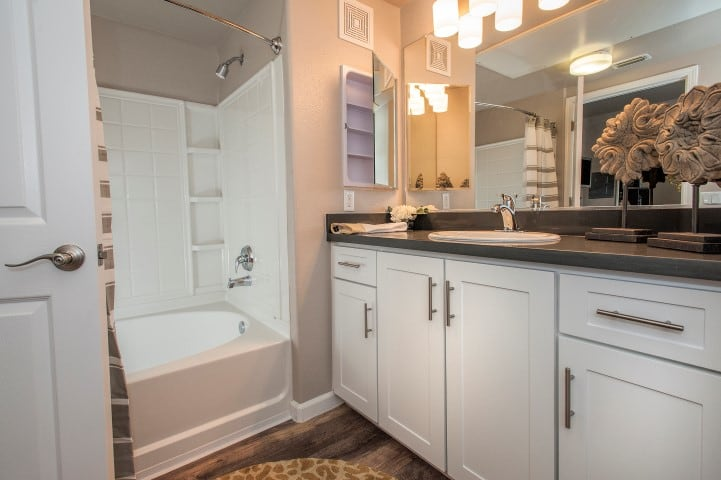 Large Modern Bathroom at Venu at Galleria Condominium Rentals in Roseville