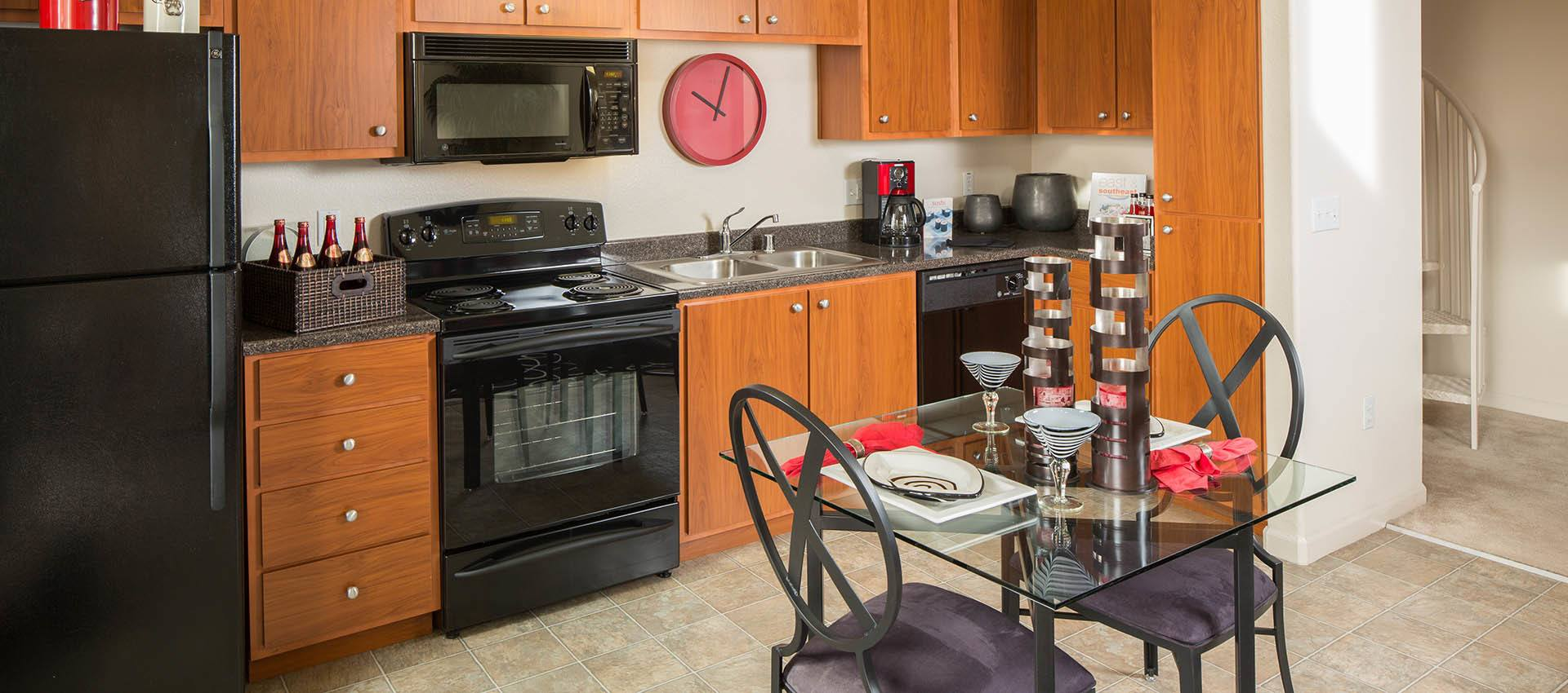 Standard kitchen at Venu at Galleria Condominium Rentals in Roseville, California