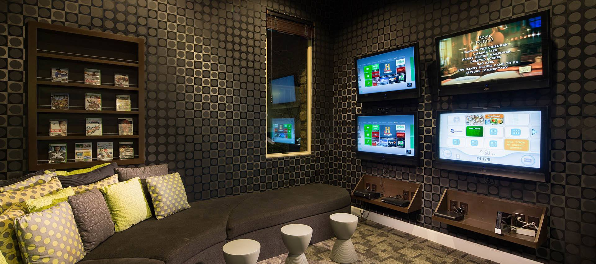 Video game lounge at Venu at Galleria Condominium Rentals in Roseville, CA