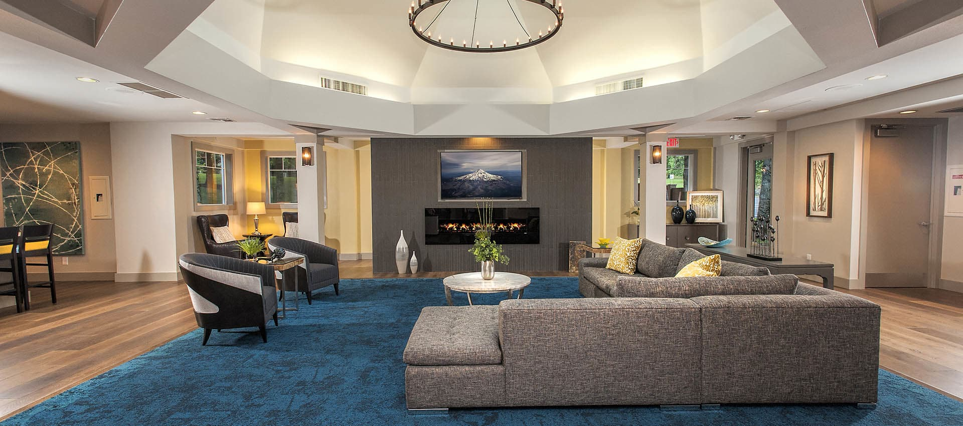 Luxurious Seating Area In Lobby at Waterhouse Place in Beaverton, OR