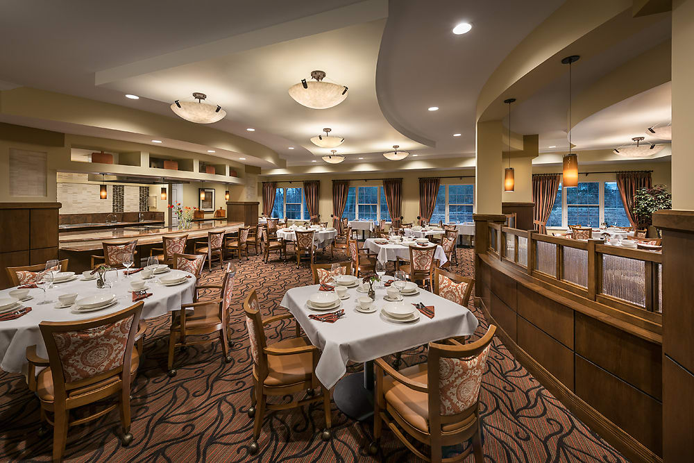 The main dining room at Cedarbrook of Bloomfield Hills