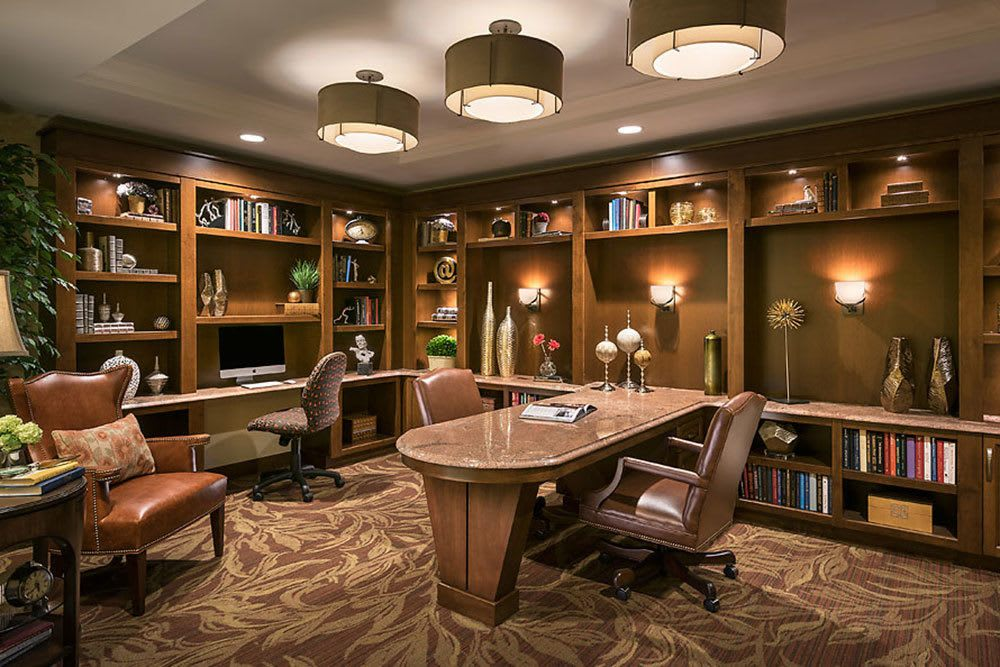 Cedarbrook of Bloomfield Hills's library features a great selection of books for residents to enjoy