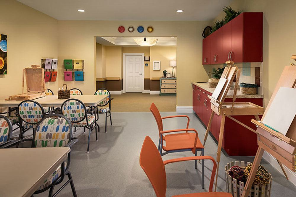 Residents at Cedarbrook of Bloomfield Hills can enjoy access to a variety of arts and crafts supplies