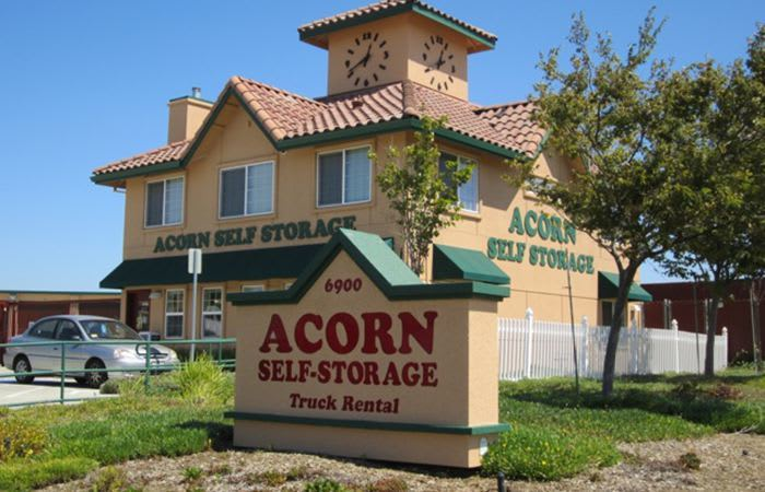Self storage in Brentwood is here for you