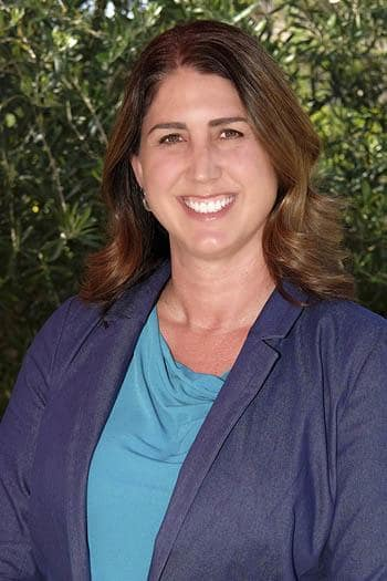 KIM ARNOLD, REGIONAL PROPERTY MANAGER, SOUTHERN CALIFORNIA