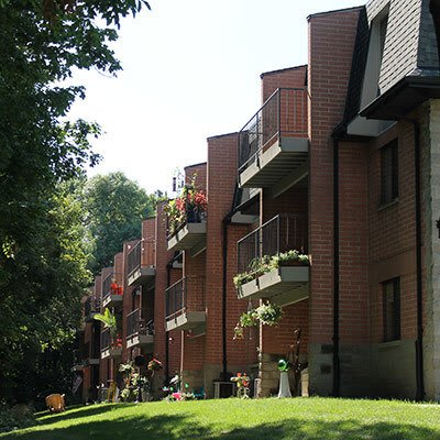 Western Suburban Wisconsin Apartments for Rent Near Milwaukee