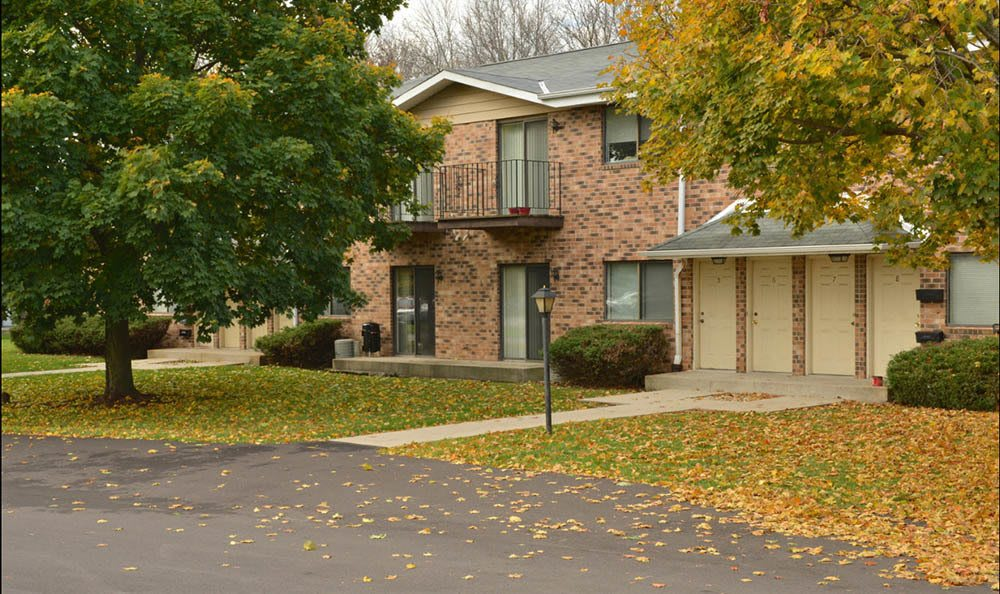 brick apartments for rent in West Allis