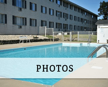 Swimming pool at West Allis apartments for rent.