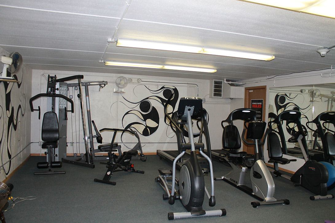 Workout facility at Lincoln Crest Apartments