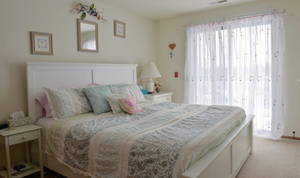 An example bedroom at Ryan Green Apartments in Franklin, WI