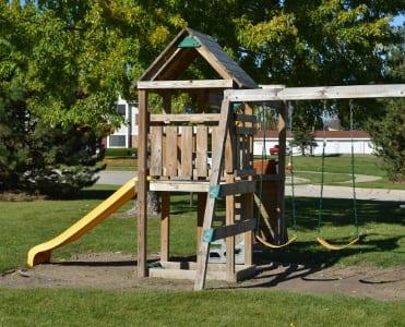 Neighborhood amenities near Franklin apartments