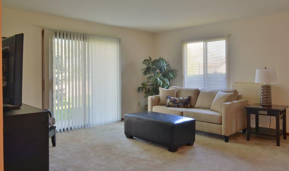 An example living room at Parquelynn Village Apartments in Nashotah, WI