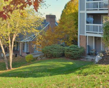 Neighborhood amenities near Madison apartments