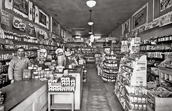 In 1941, John and his son, Lou, introduce the supermarket concept to Michigan.