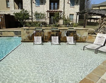 You won't be disappointed with the impressive list of amenities at Arioso Apartments & Townhomes in Grand Prairie, TX