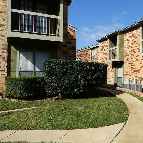 Biltmore Park Apartments in San Antonio, TX has luxury apartments for rent; schedule your tour today!
