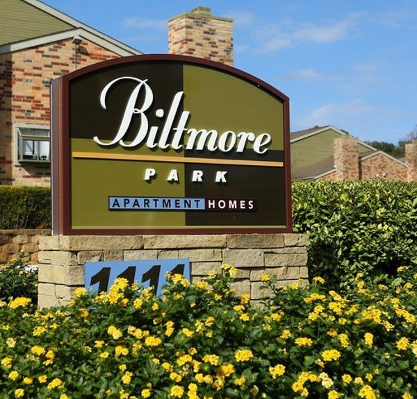 Biltmore Park Apartments offers scenic views.