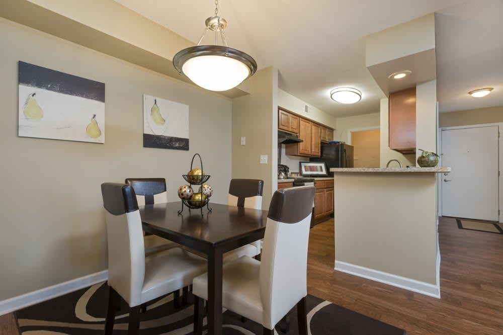 Kitchen in Hamptons of Cloverlane Apartments at Ypsilanti