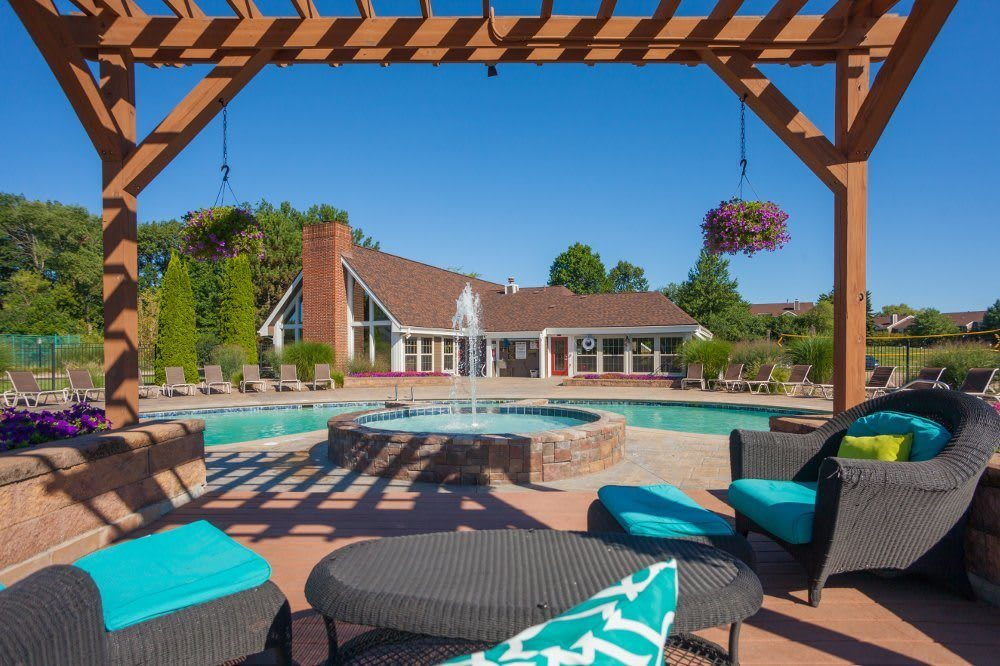 Pool and patio at Hamptons of Cloverlane Apartments