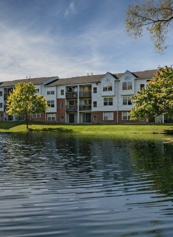 Great schools, wonderful employers, excellent entertainment, and more await residents of Ponds at Georgetown Apartments in Ann Arbor!
