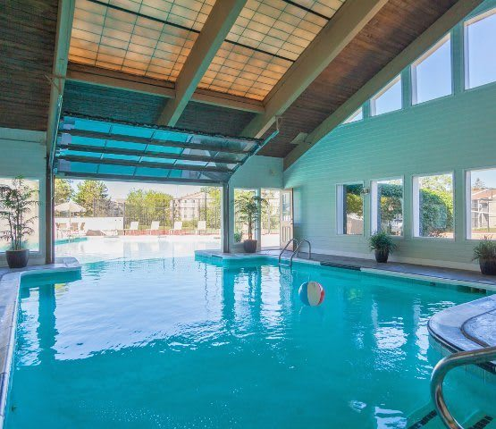 Huron View Apartments In Ypsilanti Michigan: Apartments With A Balcony Or Patio