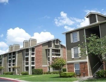 Westchase Apartments has luxurious amenities that are sure to please everyone.