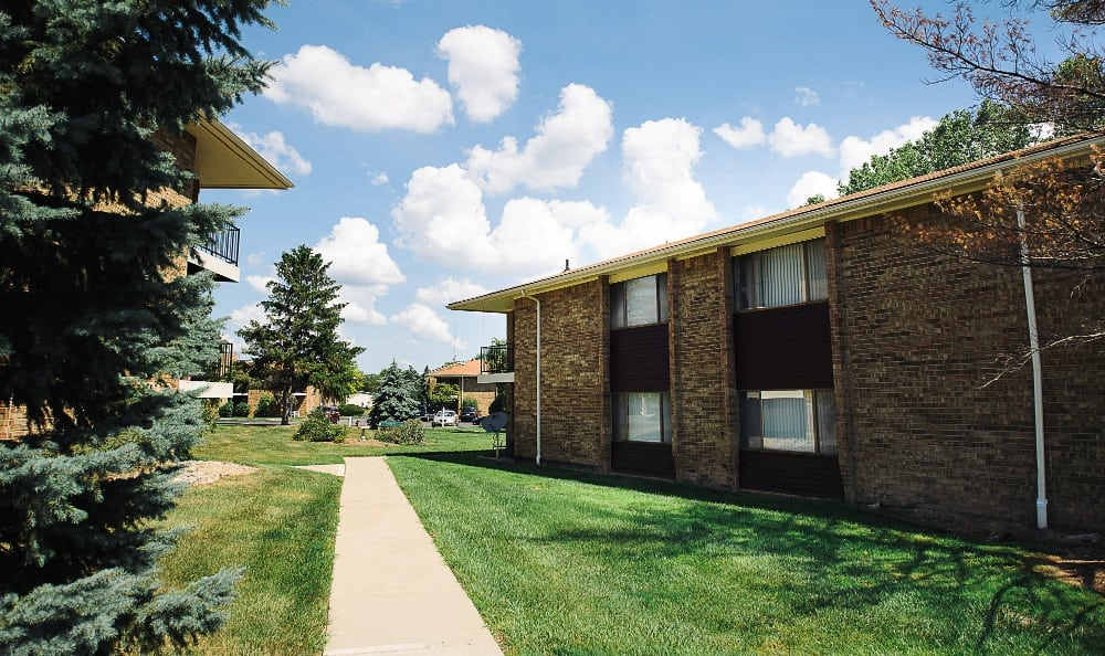 Another exterior shot of the apartments for rent at Hawthorne Hills Apartments