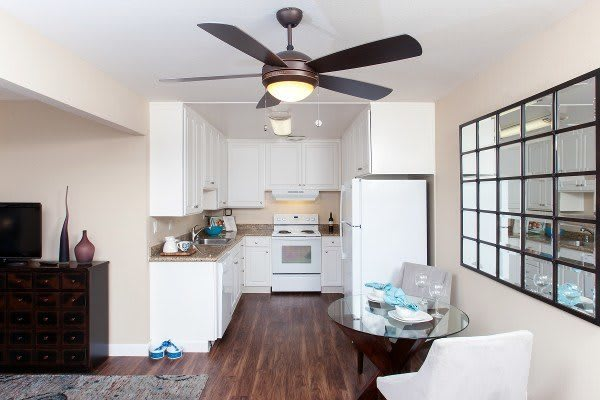 Kitchen at Greenpointe Apartment Homes in California