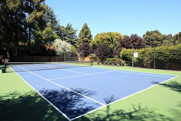 Greenpointe Apartment Homes tennis court in Santa Clara, CA