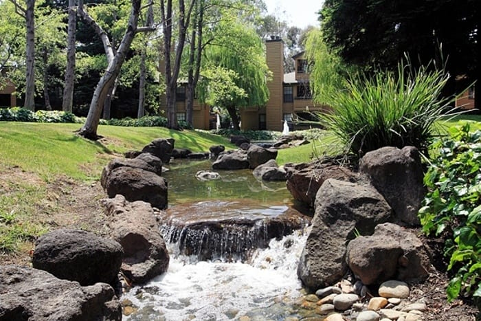 Beautiful courtyards at Shadow Creek Apartment Homes in Santa Rosa