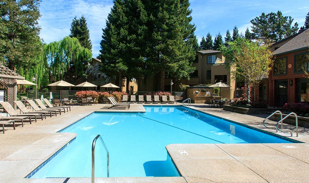 Garden-style apartments at Shadow Creek Apartment Homes