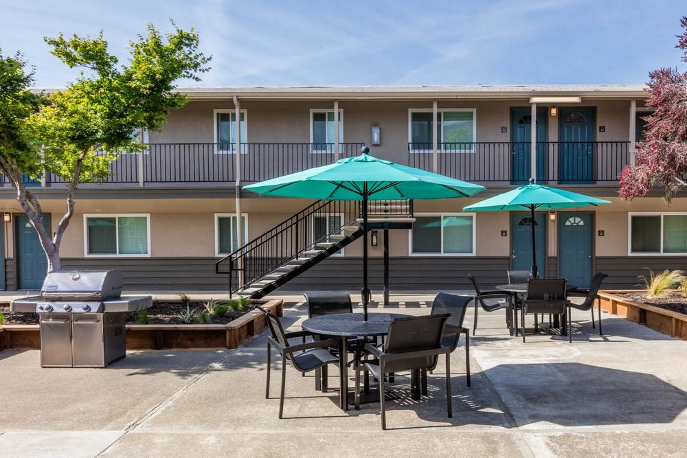 Relaxing Patio Area at Mosaic Apartments in Castro Valley, CA
