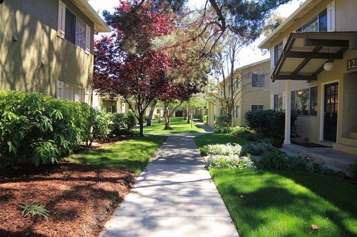 Gorgeous apartment homes at Birchwood in Sunnyvale, CA
