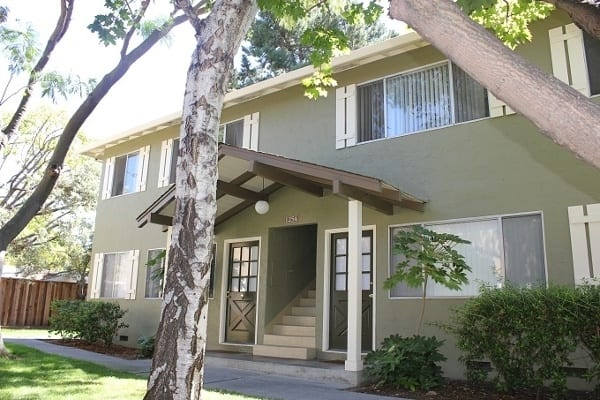 Beautiful apartment homes at Birchwood