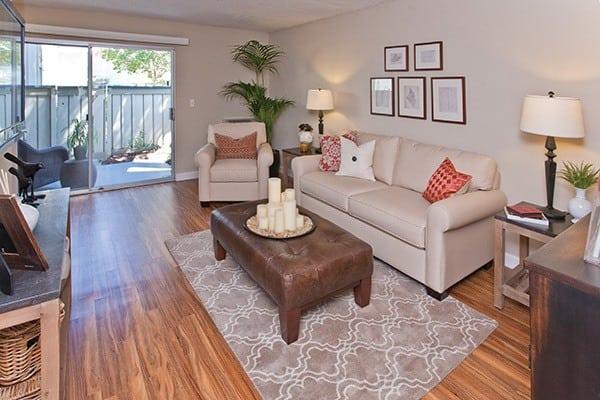 Spacious living room at Del Prado