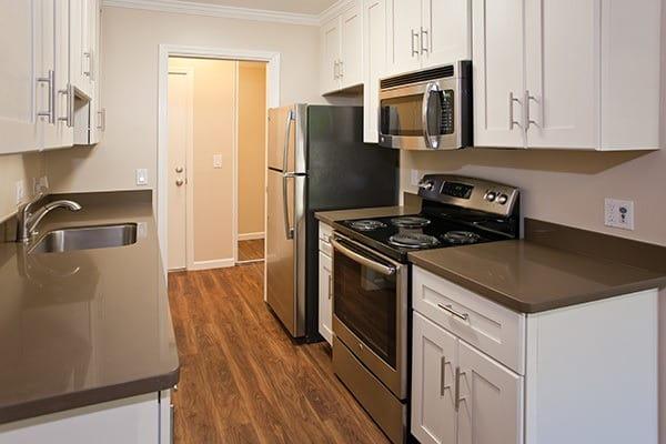 Updated kitchen at Del Prado