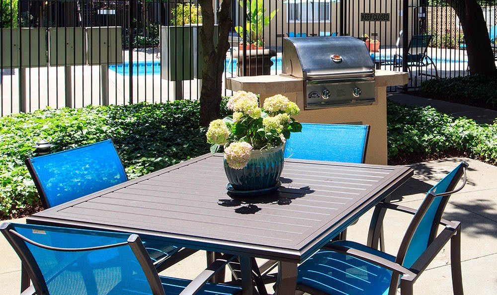 Outdoor Furniture At Tamarack Apartments In Santa Clara
