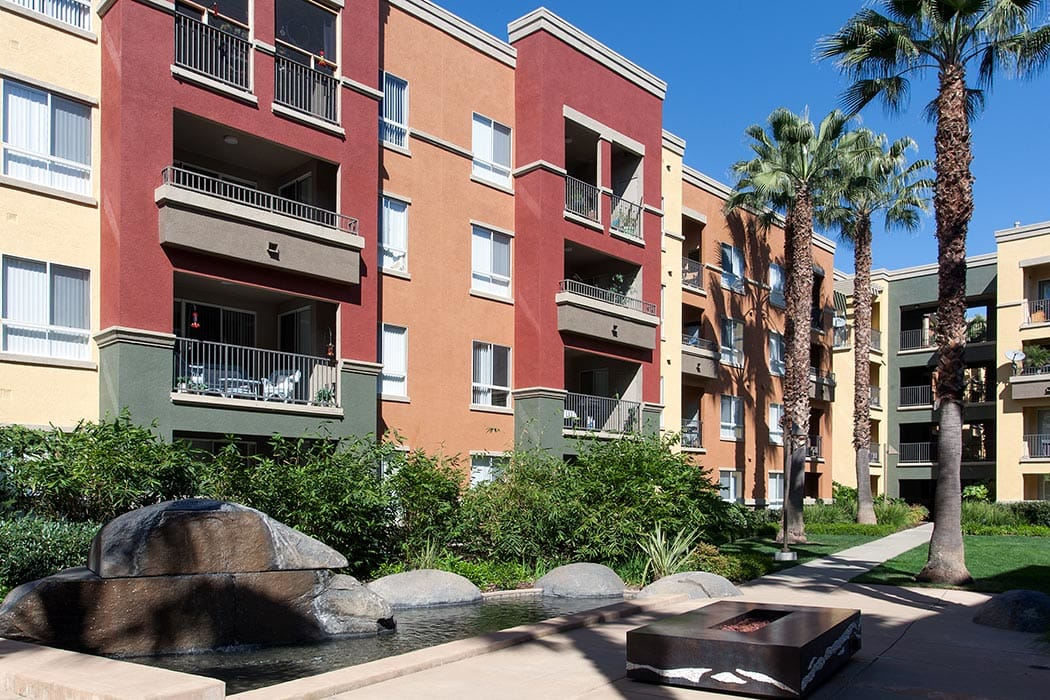 So many wonderfully luxurious place to visit with your friends and neighbors at Waterford Place Apartments