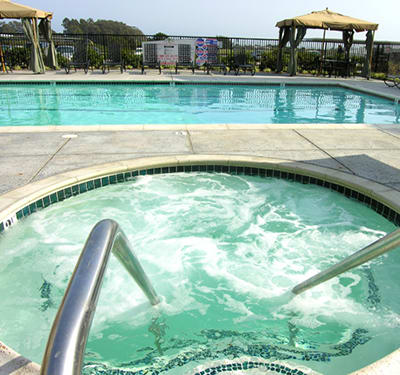 Wonderful community amenities, such as a swimming pool, at Pacific Shores
