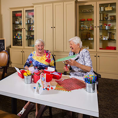 Life enrichment at Cascade Inn