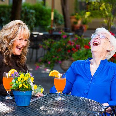 Independent Living at senior living in Delaware Plaza
