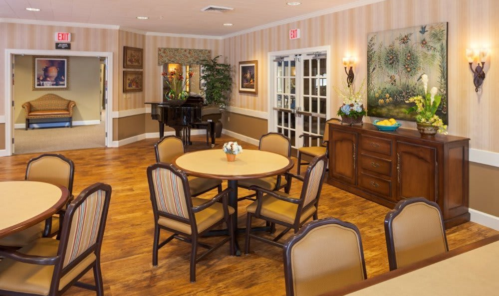Dining At Senior Living In Mesa Arizona