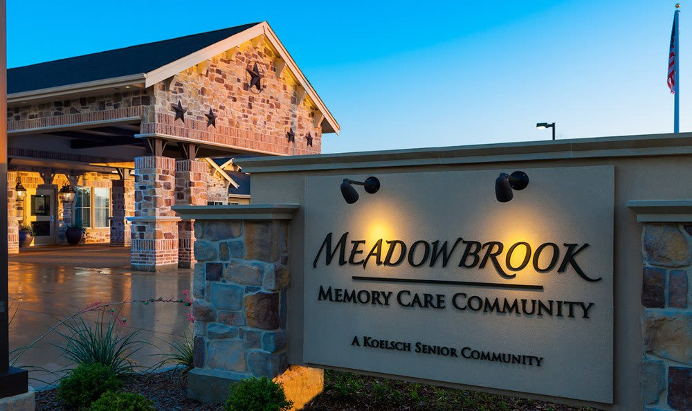 Sign To Arlington Texas Memory Care Facility