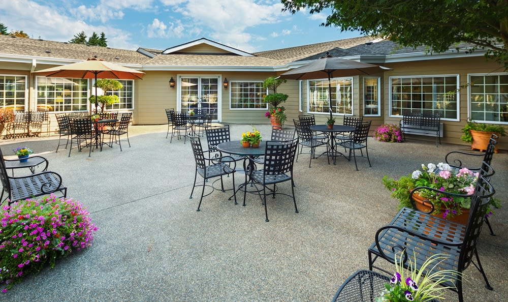 Patio At Senior Living In Longview
