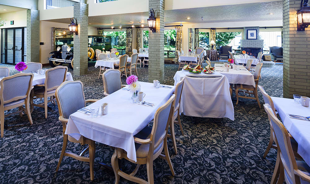 Elegant Dining At Our Vancouver Senior Living Community