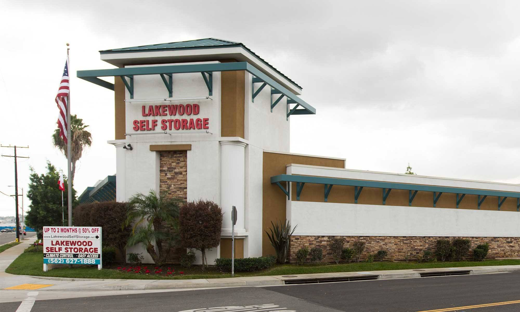 Lakewood Self Storage - Home of the 1st Year Price Guarantee!
