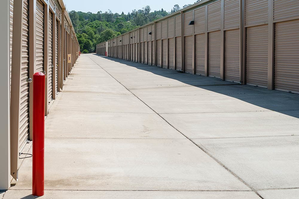 Variety of units sizes at self storage facility in El Dorado Hills, CA